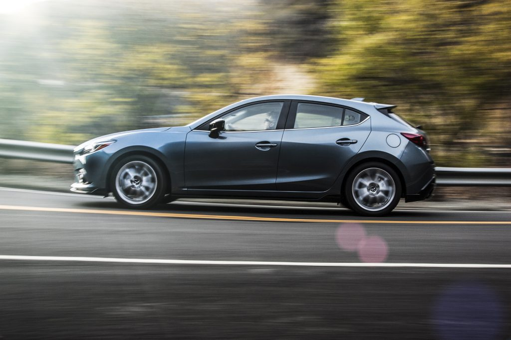Fuel efficient cars 2016 Mazda 3 Hatchback